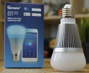 Sonoff B1 - L'illuminazione diventa smart!