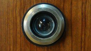 Scegli lo spioncino digitale Eques per la tua casa
