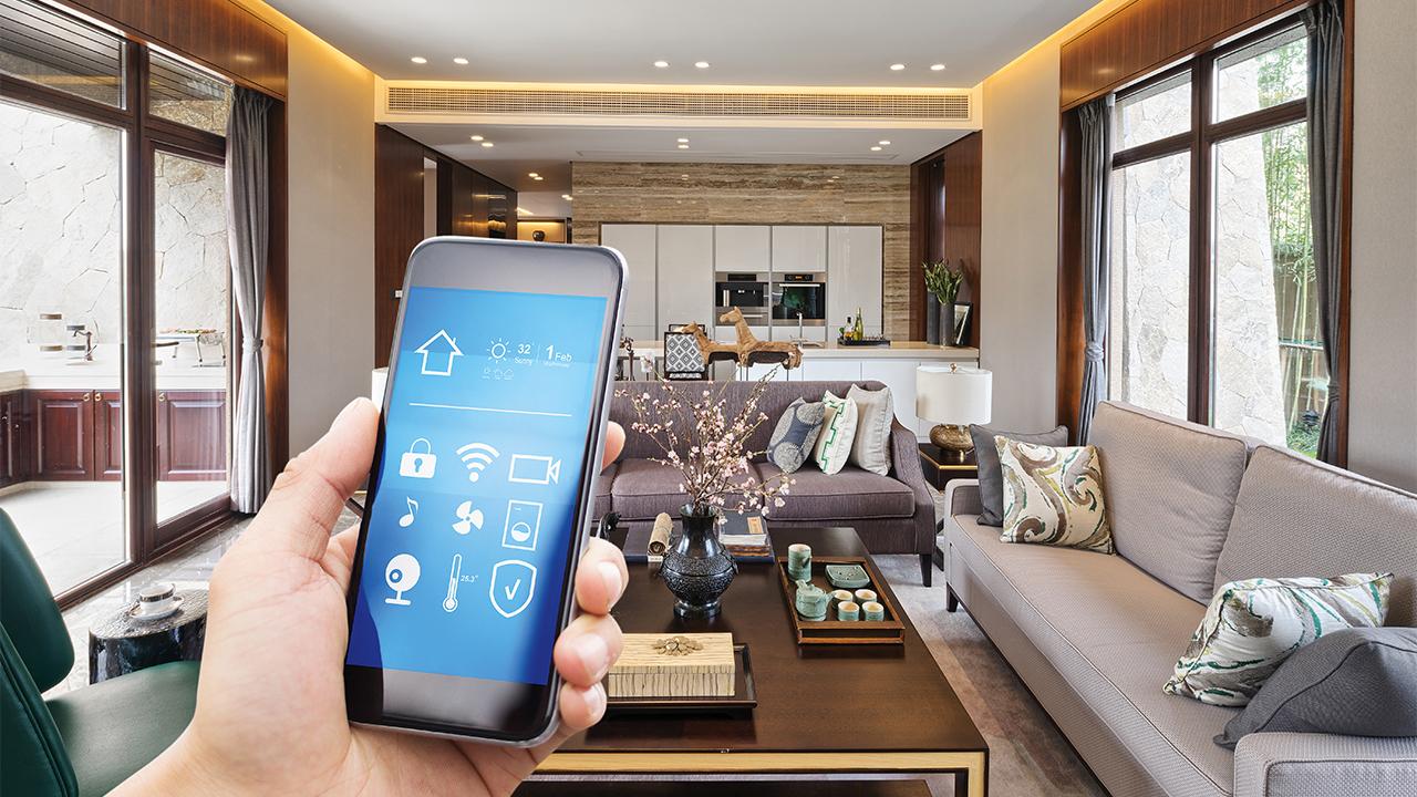 Casa smart: com'è fatta e quali sono i vantaggi nel possederne una